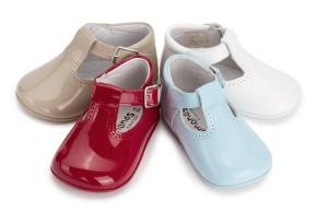 Acquisti per la nascita: scarpe comode e piacevoli per neonato